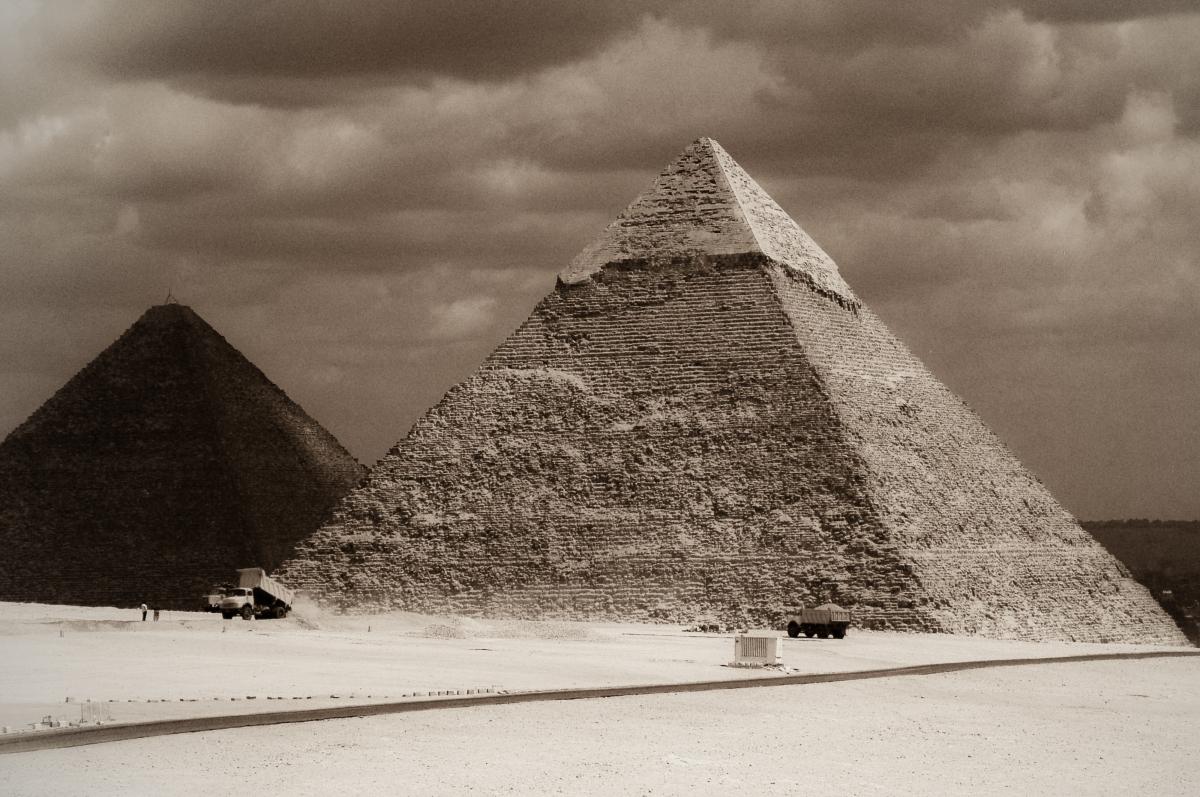 Just how WERE the Pyramids of Gizabuilt?